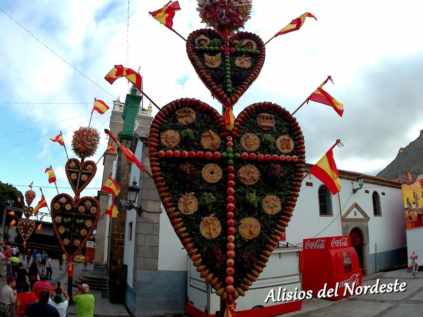 Corazónes Tejina.jpg